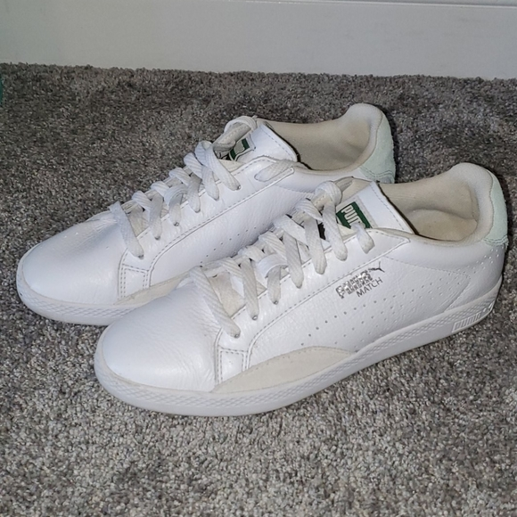 Womens White Leather Puma Match Sneakers size 8
